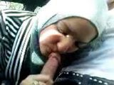 Amateur Arab Wife Giving Head To Her Lover While Cheating On A Hubby In A Car